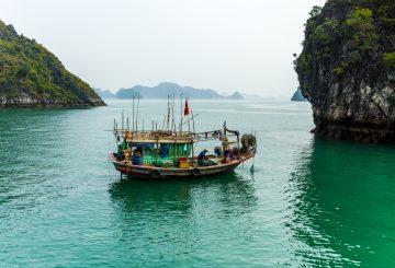 Ha Long Bucht: Die Bucht des untertauchenden Drachen