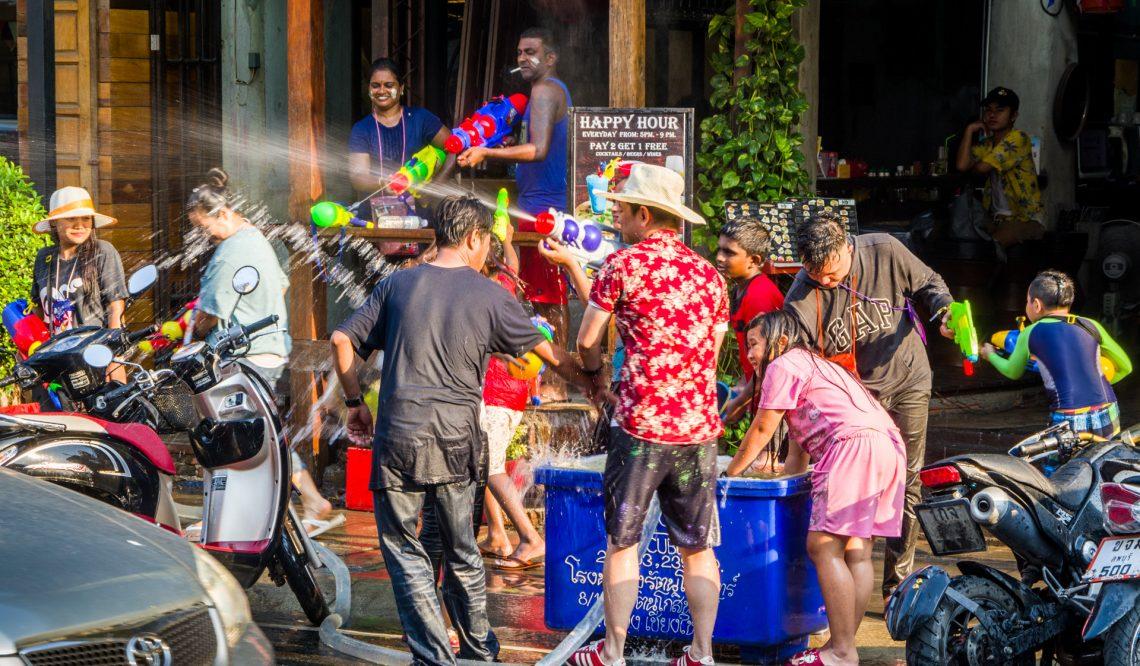 Songkran in Chiang Mai. Das Wasserfest bei 38 Grad!